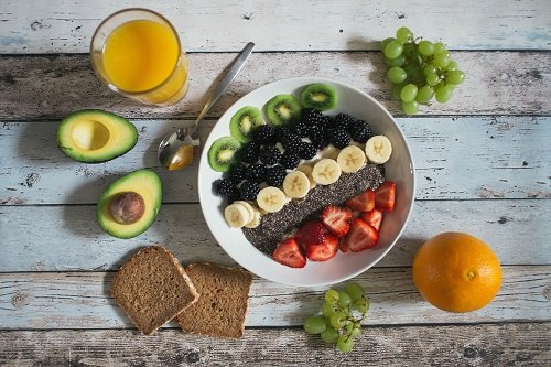 ¿Qué comer a media mañana?
